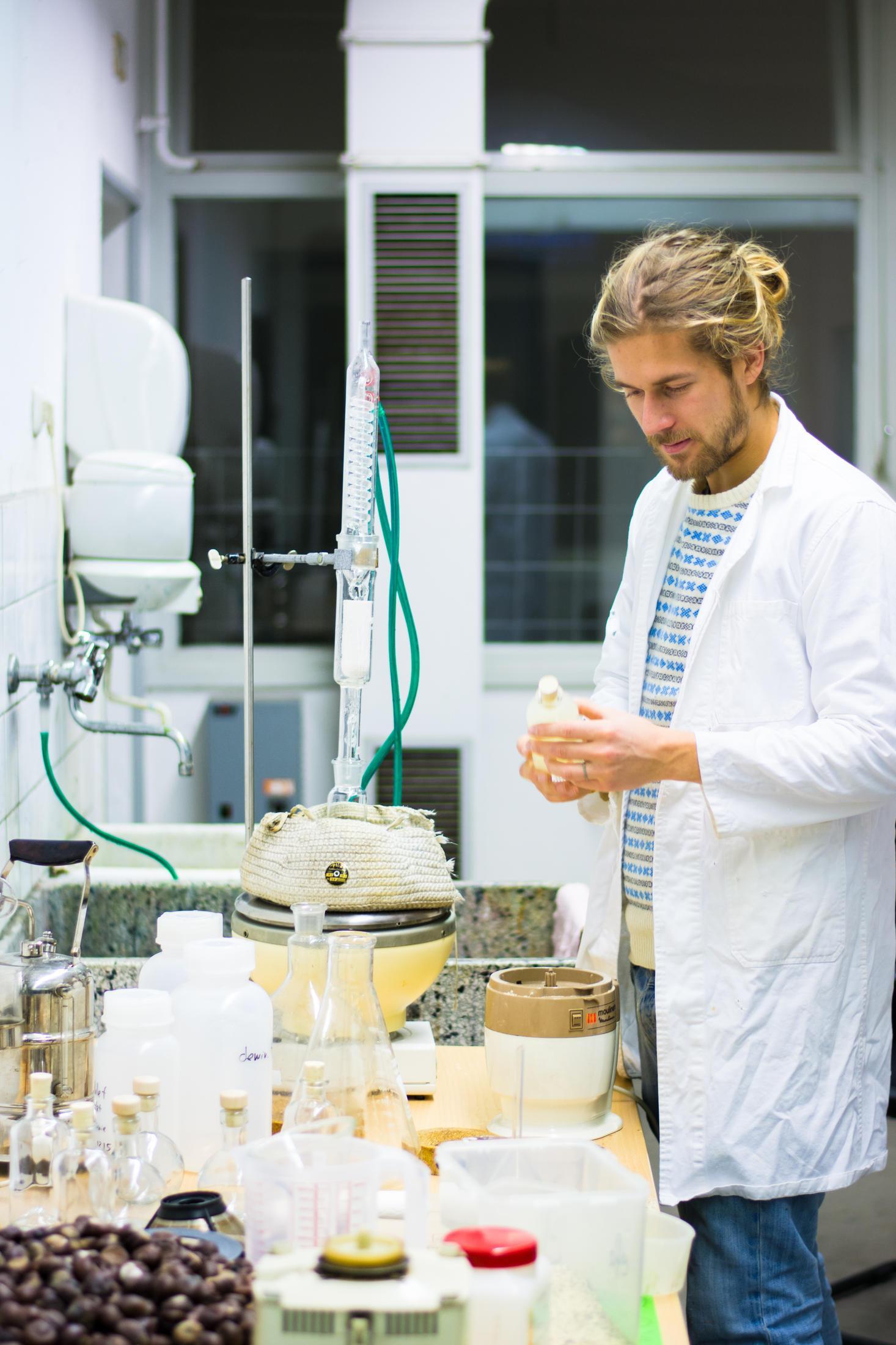 [MAKAKO] – Umweltverträgliches Waschmittel aus Kastanien