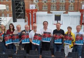 Kultur für alle: Liveübertragung des Sommertheaters
