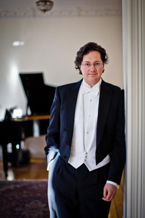 Dirigent Peter Sommerer