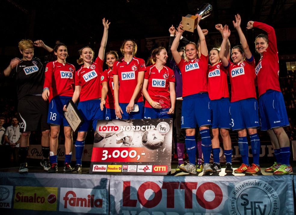Potsdamer Mädels holen den Pokal