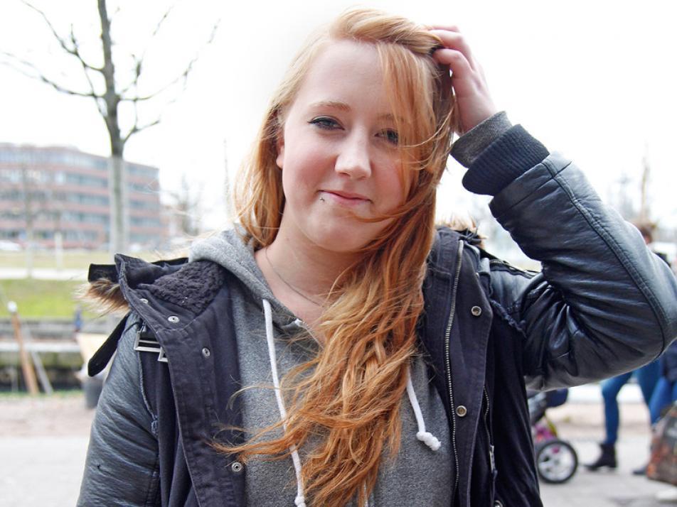 """""""Der Klassiker: Ich will die Pfunde purzeln lassen! Ansonsten habe ich viele Wünsche – wie beispielsweise ein höheres Gehalt."""" Michelle (21)"""
