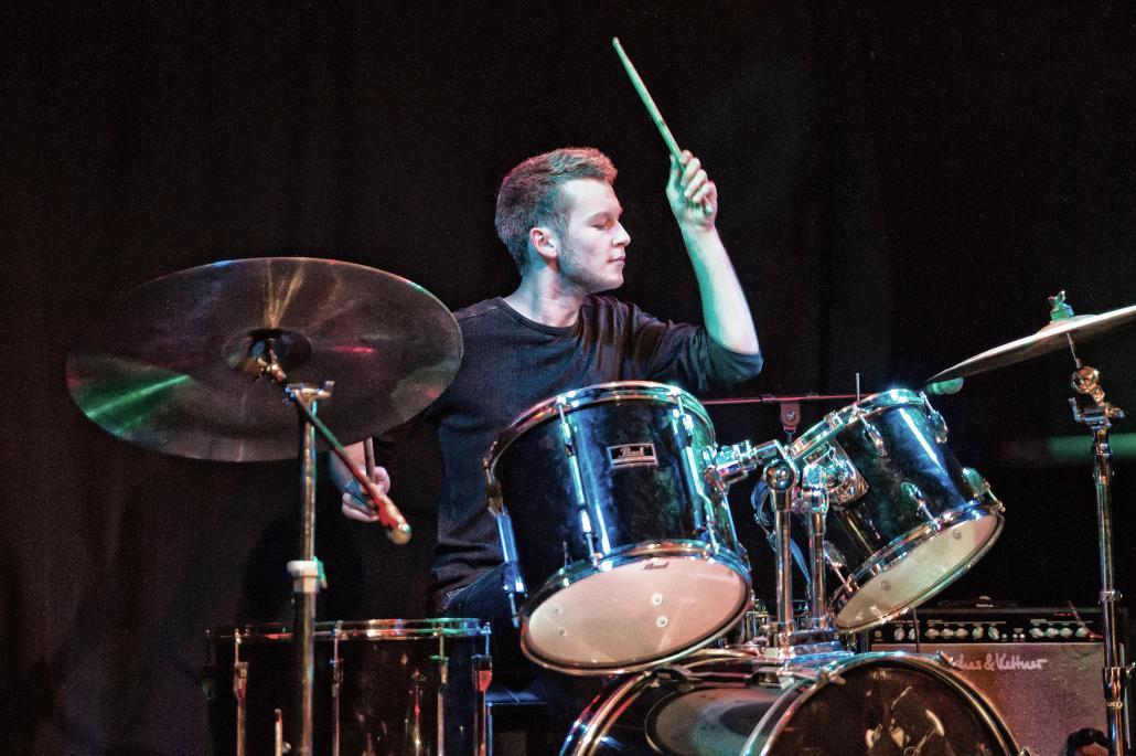 In seiner Freizeit spielt Moritz Schlagzeug