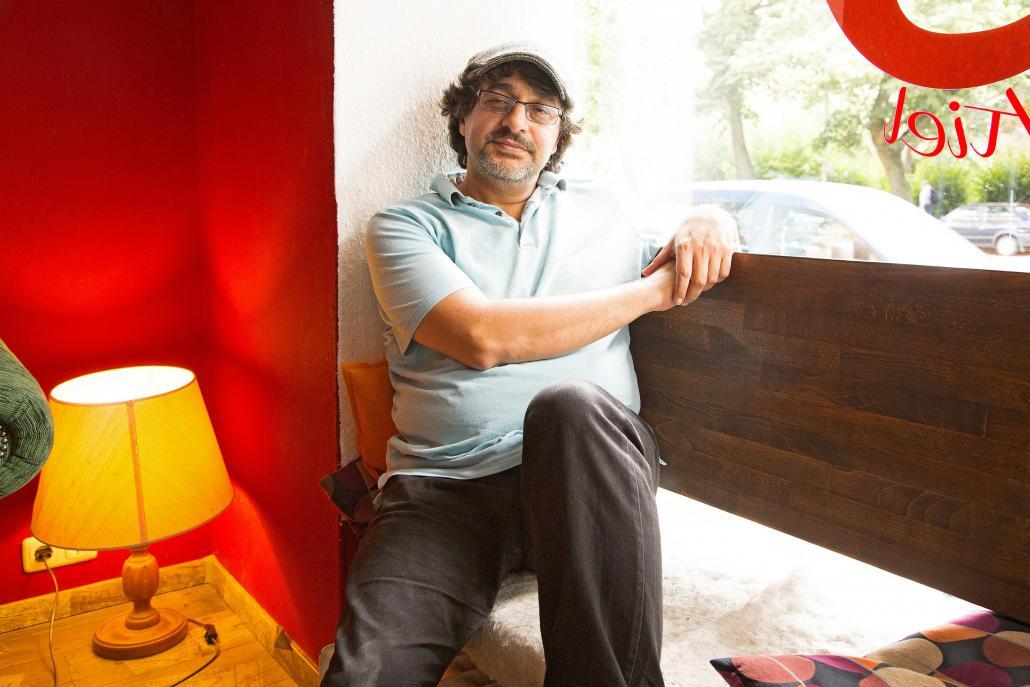Kaweh Kordouni, 42 Jahre, Regisseur und Inhaber des Künstlercafés Café Godot