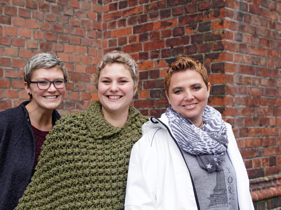 Bettina Schwank, Angeline Homburg und Nina Hübner (v. li.) von den Kieler BrustkrebsSprotten