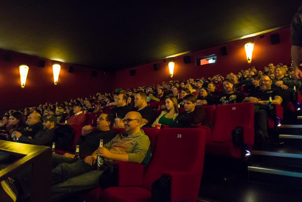 In gemütlicher Kinoatmosphäre kann man im Cinemaxx den Super Bowl verfolgen