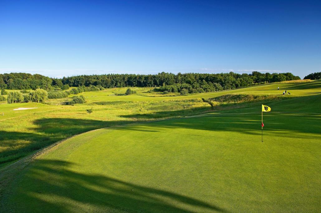 Golfspaß im Grünen auf dem Gelände des Golfclubs Havighorst