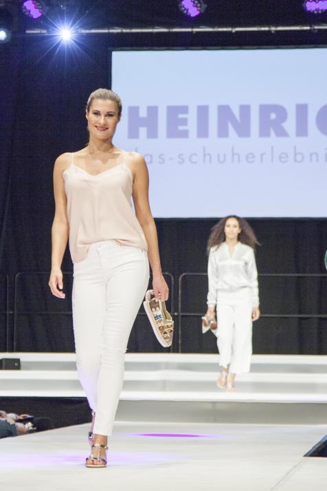 Die trendigsten HEINRICH-Schuhe werden präsentiert