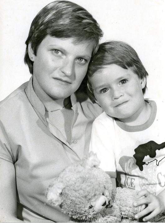 Der kleine Micha mit seiner Mama Gisela