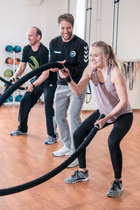 Das funktionelle Training des FIT Sportclubs ist ebenso spaßig wie effektiv