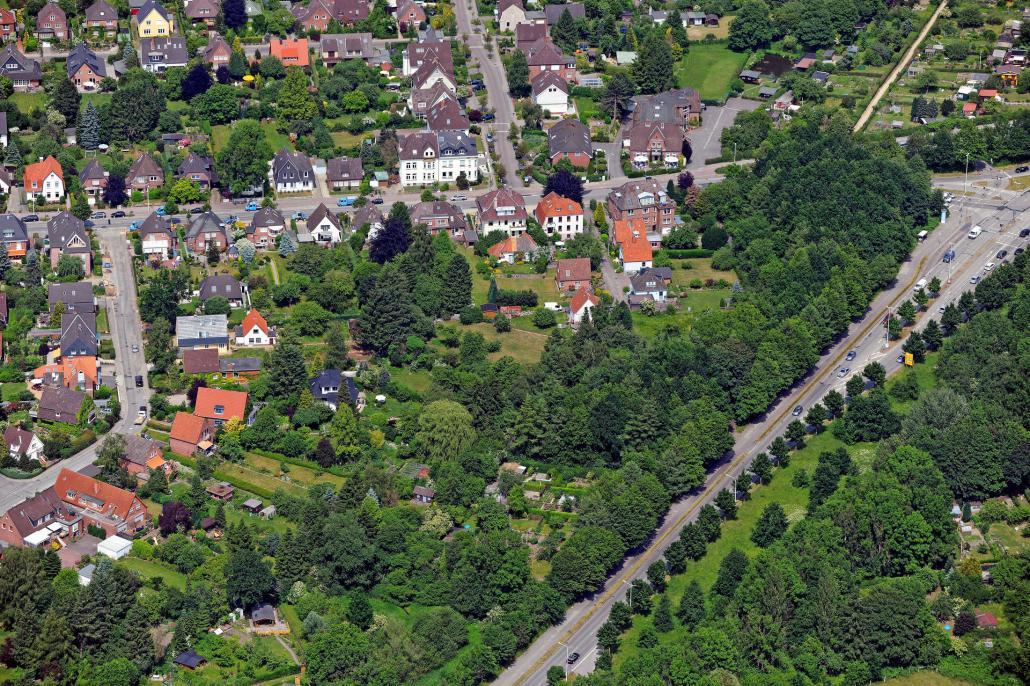 Diese und weitere 3.000 Luftaufnahmen von Kiel und Umgebung finden Sie bei Matthias Friedel im Shop unter www.luftbilder.de