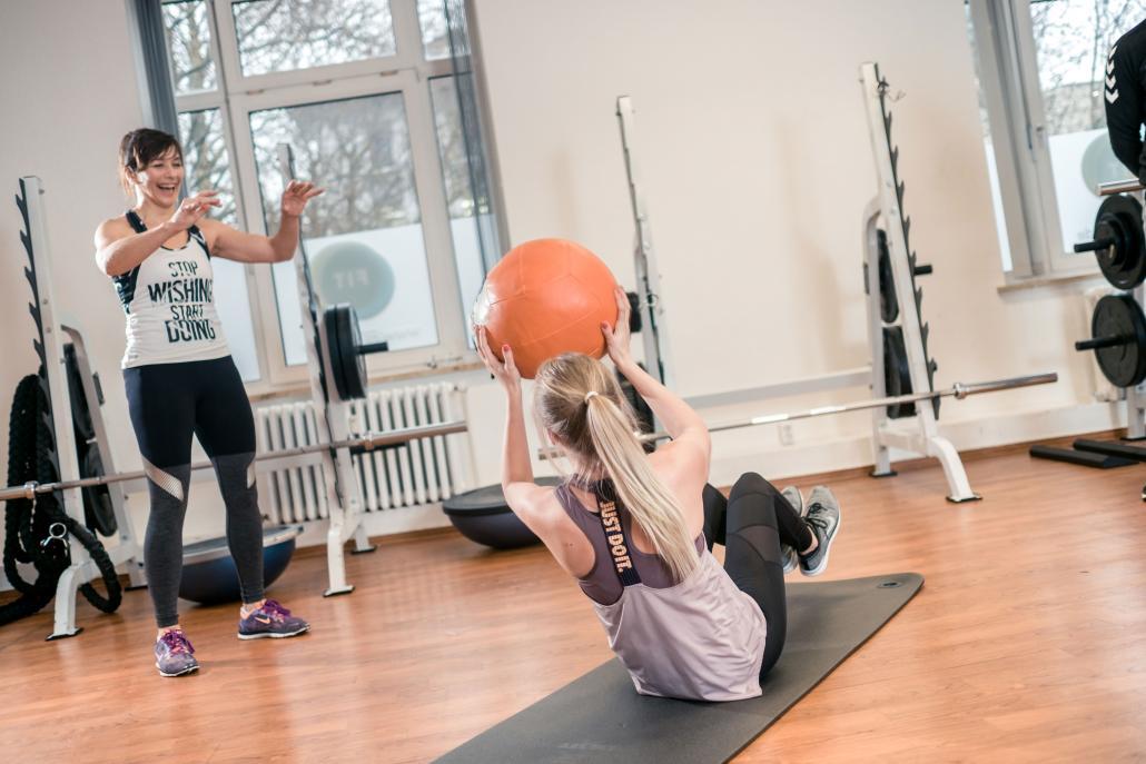 Gesundheits- und Fitnessexperte Lasse Bork empfiehlt ganzheitliches Funktionelles Training