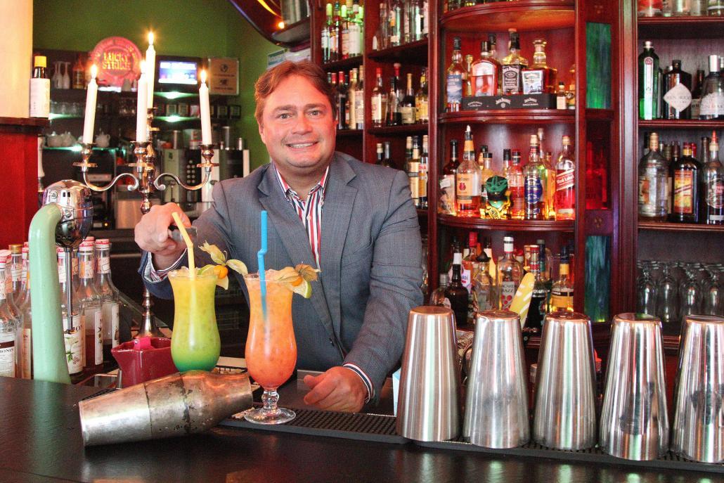 Micha Andrade, nach eigener Aussage alterslos und Barkeeper aus Leidenschaft
