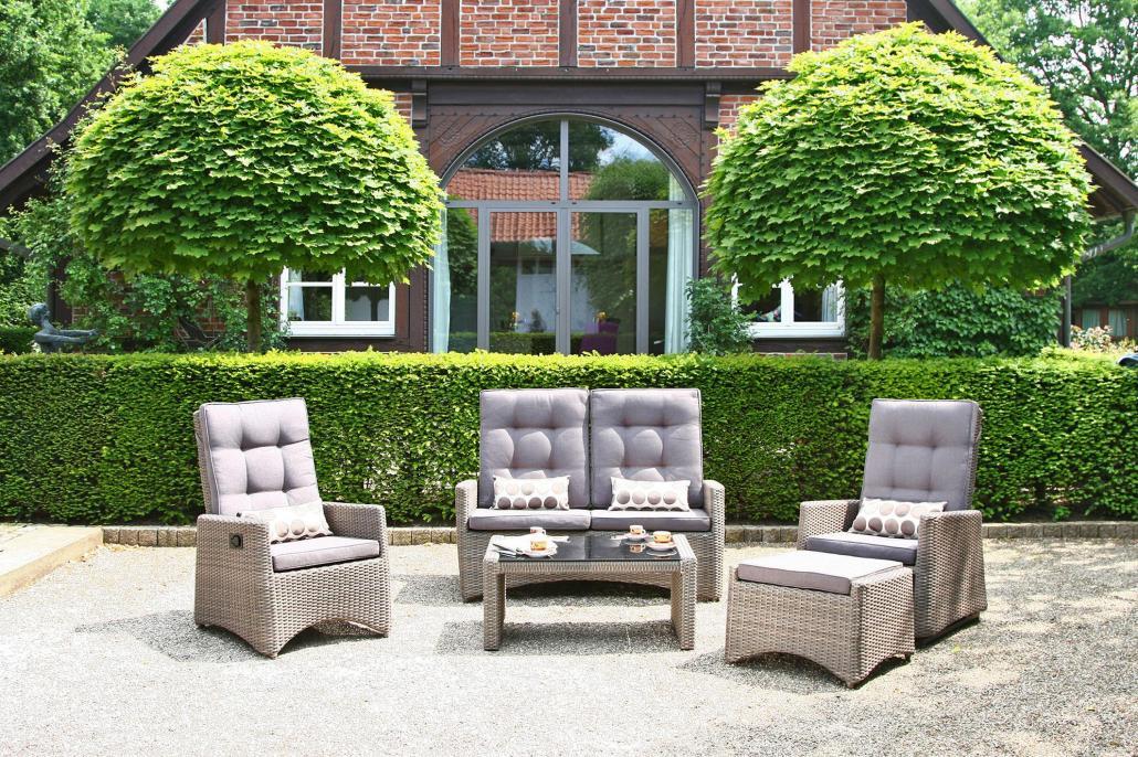 Mit den Gartenmöbeln von Möbel Janz wird die Terrasse zur Sommer-Wohlfühl-Oase