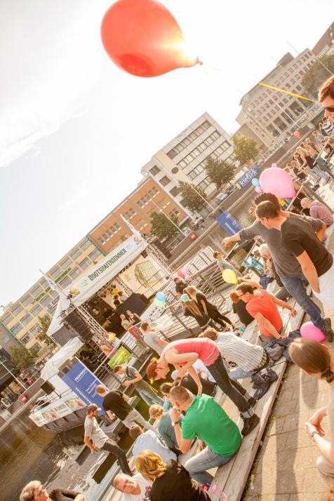 Vom 21. Juli bis zum 26. August findet wieder der Kieler Bootshafensommer statt