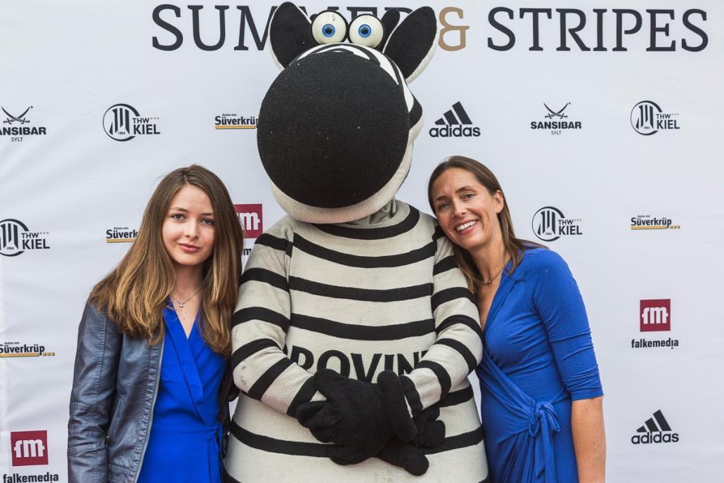 Franca Storm (re.) mit ihrer Tochter und Hein Daddel