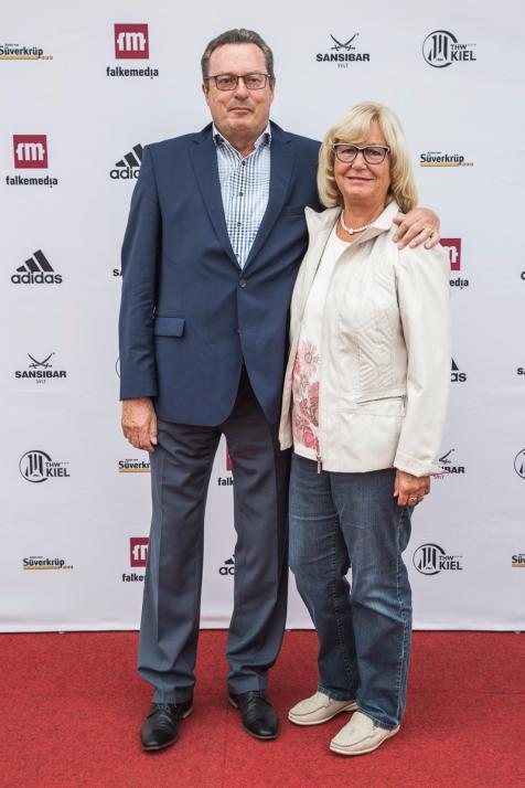 Rolf Körting, ehemaliger Hallensprecher des THW, und seine Frau Helga