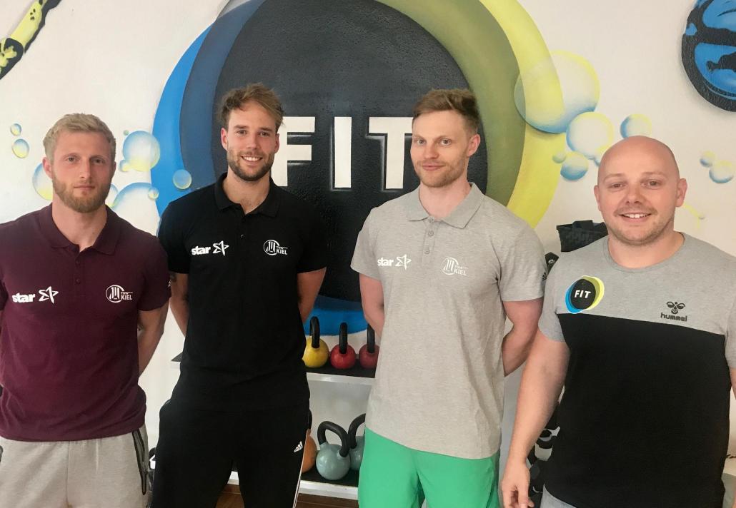 Sie kümmern sich um die Fitness der THW-Stars: Simon Sartisohn, Lasse Bork, Tobias Jacobsen und Malte Gertenbach (v. li.)