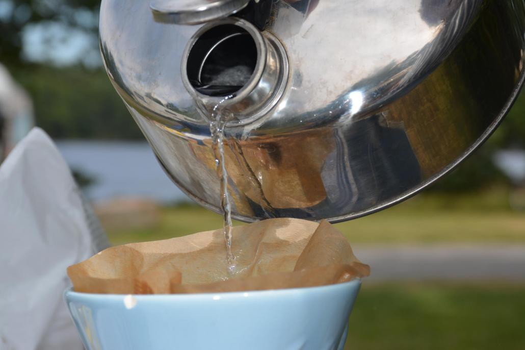 Ein frisch aufgebrühter Kaffee gibt Energie für den Tag