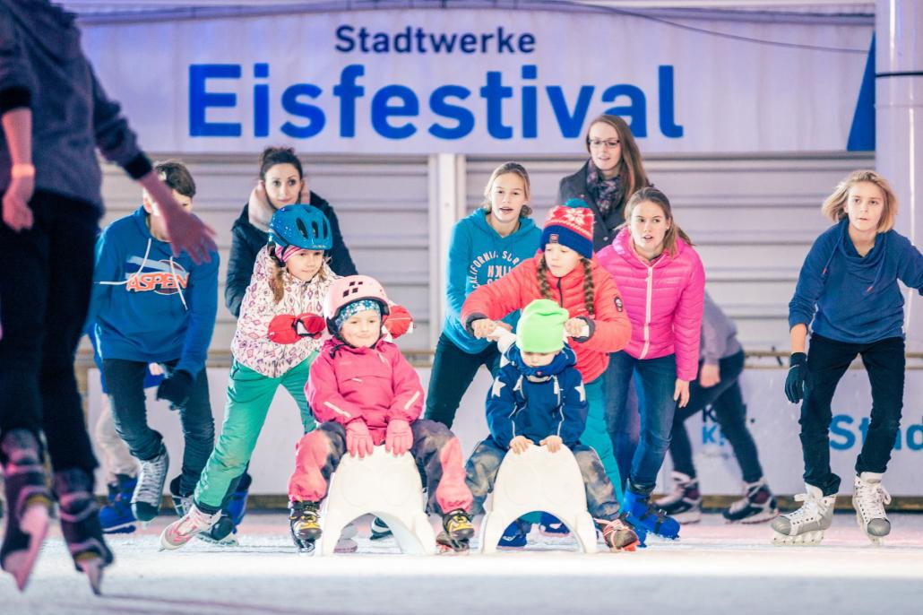 STADTWERKE Eisfestival in diesem Jahr vom 17.11.2017 bis 14.01.2018 am Kieler Ostseekai