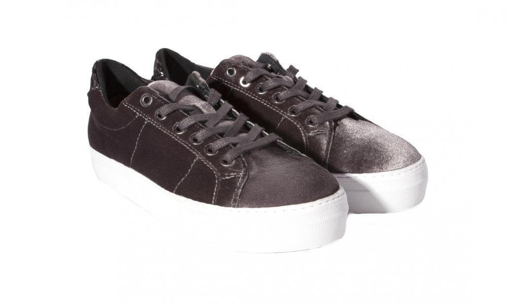 Schuhe 99,99 Euro