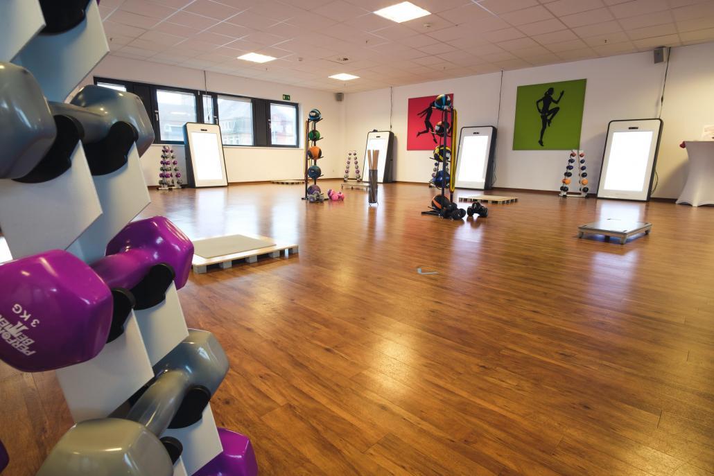 Mehrere Smart Trainer ergänzen im Studio in der Wik seit einem Jahr den Trainingszirkel