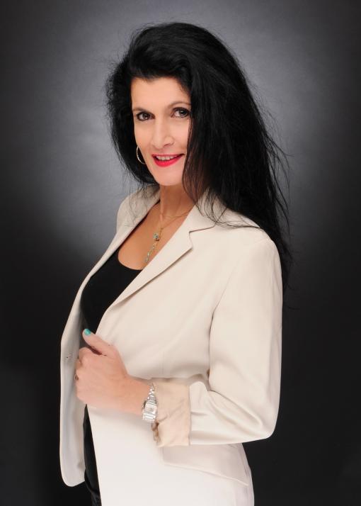 Fariba Heil ist EMDR-Hypnose-Coach