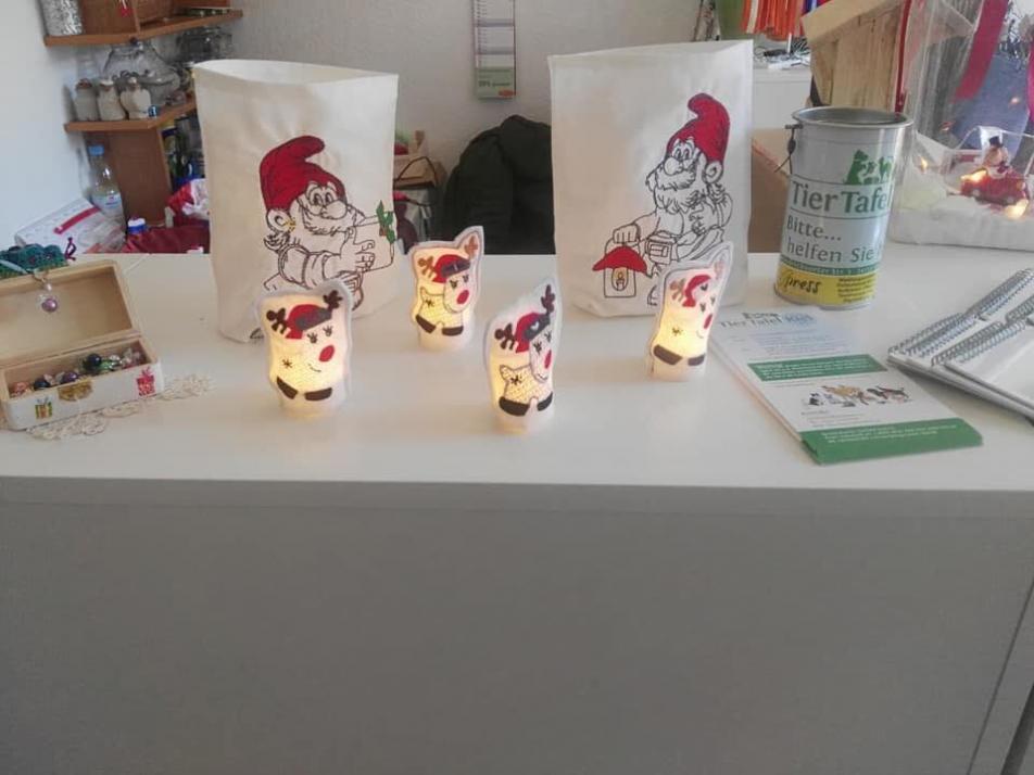 Nicht nur weihnachtliche Dekoideen können in dem gemeinnützigen Geschäft erworben werden