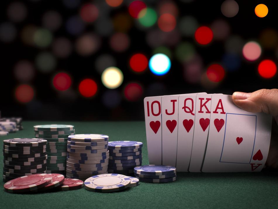 Beim Poker kommen Spannung, Spaß und Konzentration nicht zu kurz