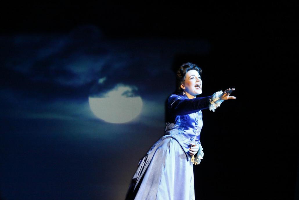 Das Musical erzählt von Sissis Leben am Hof des österreichischen Kaisers