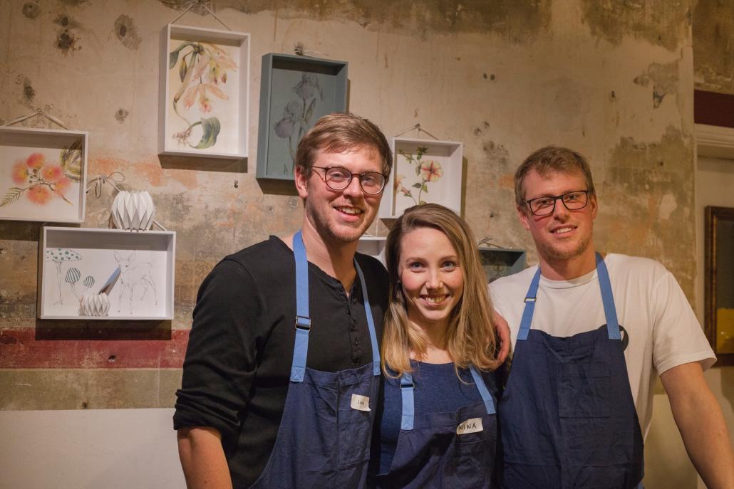 Waren zufrieden mit der Workshop-Premiere:die Rankwerk-Gründer Lasse (li.) und Hannes Popkenmit Mitarbeiterin Janina Löwe