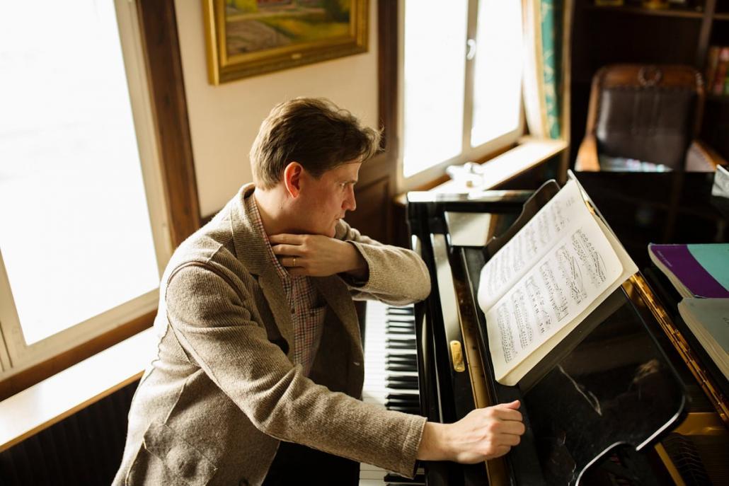 Der finnische Pianist Olli Mustonen ist der Solist des 6. Philharmonischen Konzert – Junior
