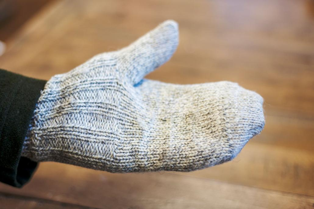 ...durchaus in die Praxis umsetzen,wie man an seinem Handschuh sehen kann