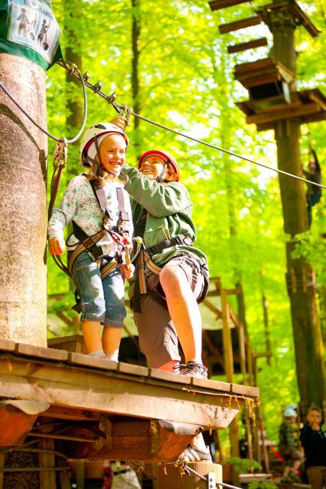 Bei gutem Wetter ist der Hochseilgarten in Altenhof ein schönes Ausflugsziel für Familie und Freunde