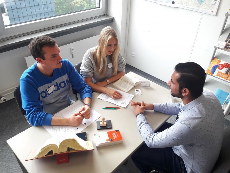In der Refugee Law Clinic erhalten Geflüchtete kostenlos studentische Rechtsberatung