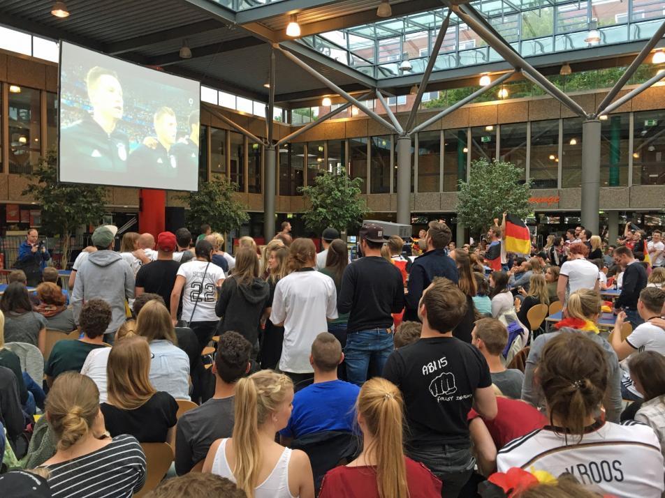 Gemeinsam mitfiebern – das macht Public Viewing aus