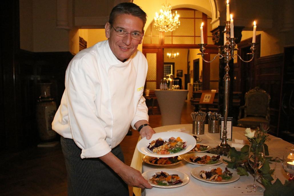 Jan-Peter Bruhn verwöhnt die Gäste mit frischen, regionalen Zutaten