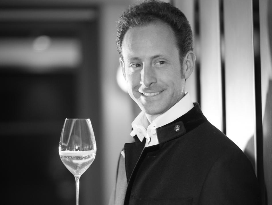 Maximilian J. Riedel führt das Familienunternehmen bereits in 11. Generation