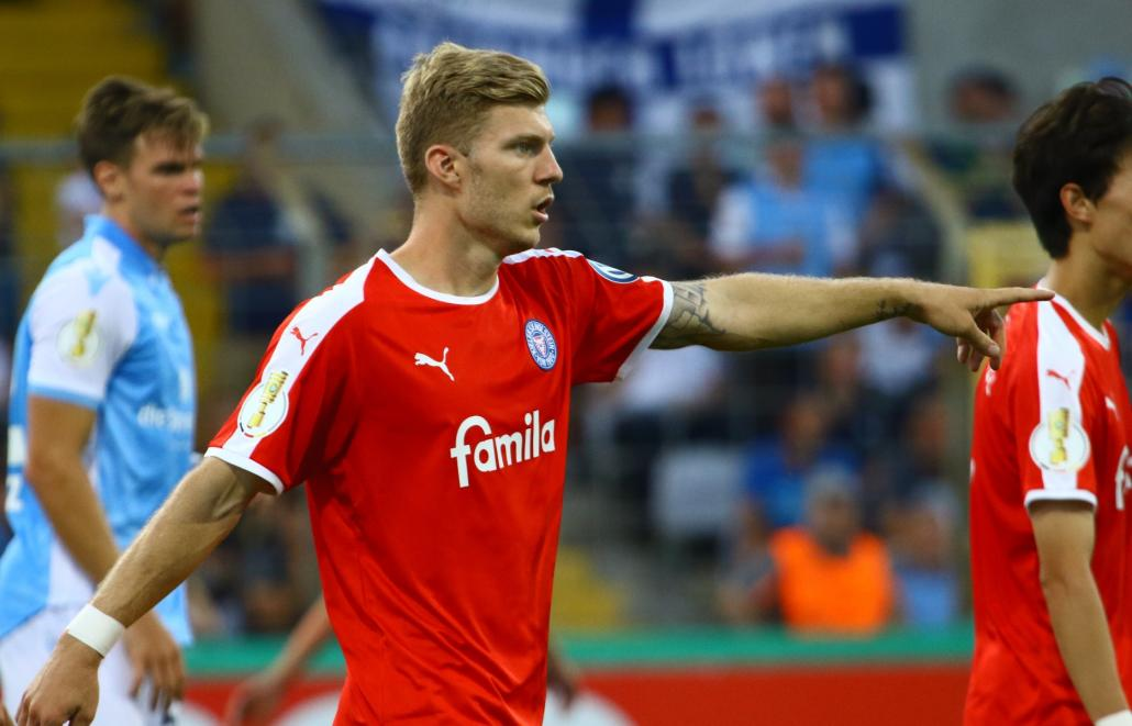 Alexander Mühling trug mit seinen beiden Toren maßgeblich dazu bei, dass Holstein die nächste Runde des DFB-Pokals erreichte