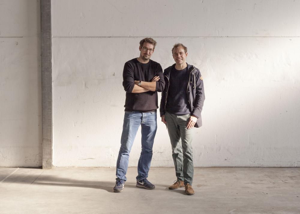 Max Kühl (li.) und Florian Scheske freuen sich auf die Eröffnung ihrer Brauerei