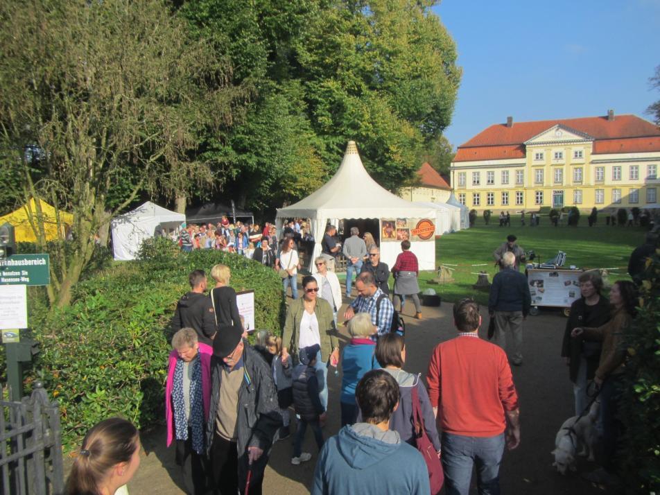 Holsteiner Herbstmarkt auf Gut Emkendorf