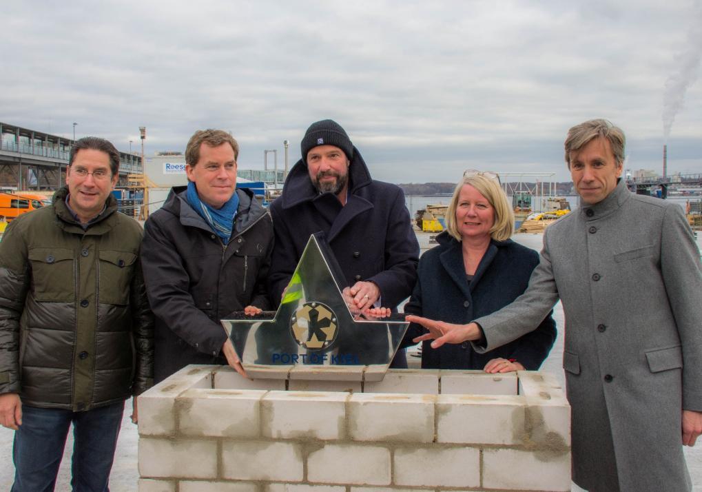 Ralf Dieter Ladwig, Ulf Kämpfer, Dirk Claus, Doris Grondke, Christoph Roselius (v. li.)