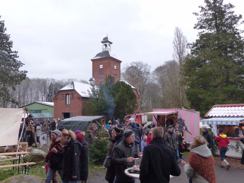 Historischer Weihnachtsmarkt auf Gut Bossee