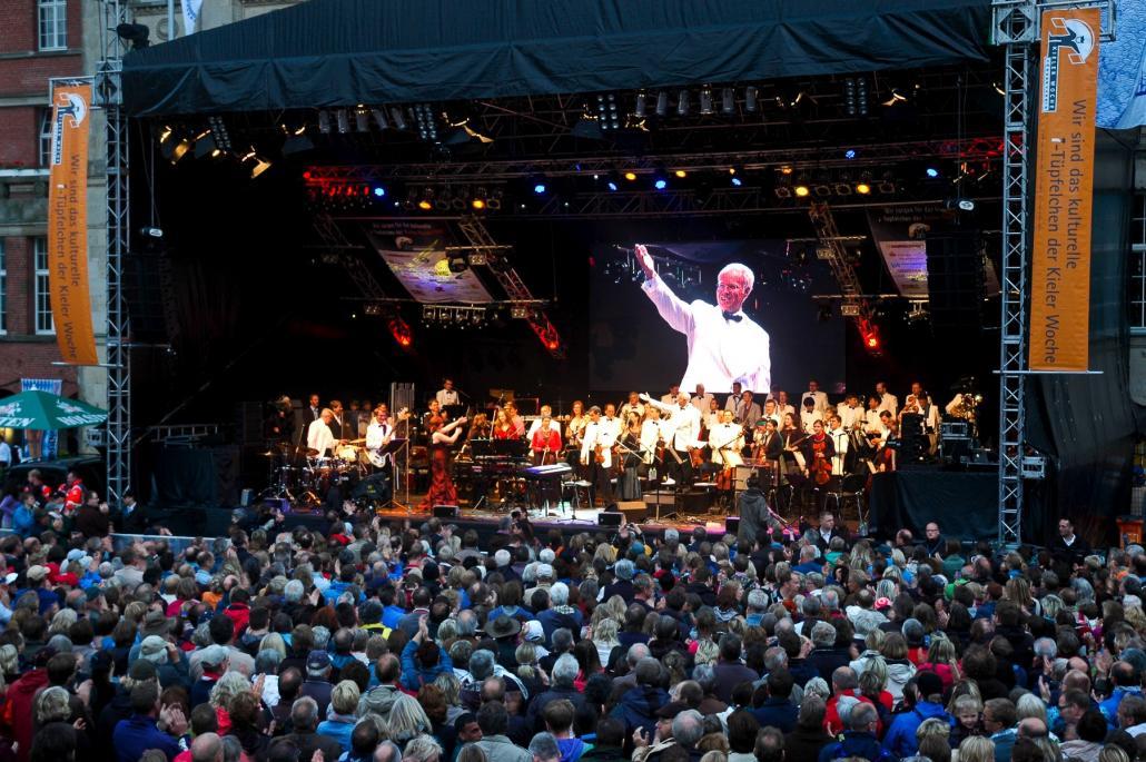 Bereitet Kieler Woche-Fans einen unvergesslichen Abend: Das Philharmonische Orchester Kiel