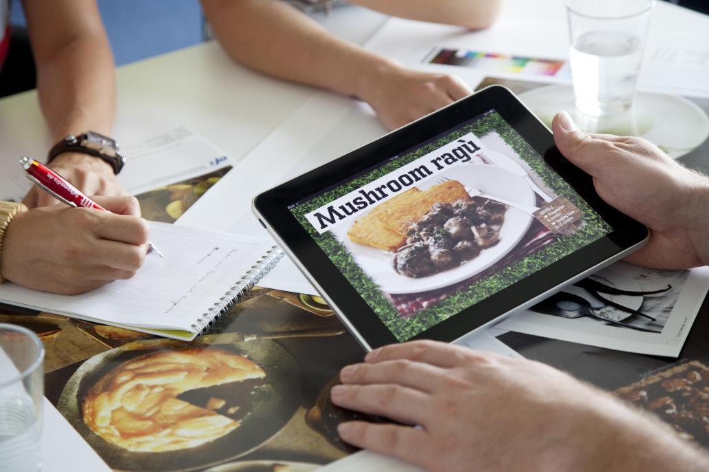 Vorreiter in Sachen Digitalisierung: Bereits 2010 konnte falkemedia als eines der ersten Medienhäuser multimediale Magazine für das i-Pad anbieten