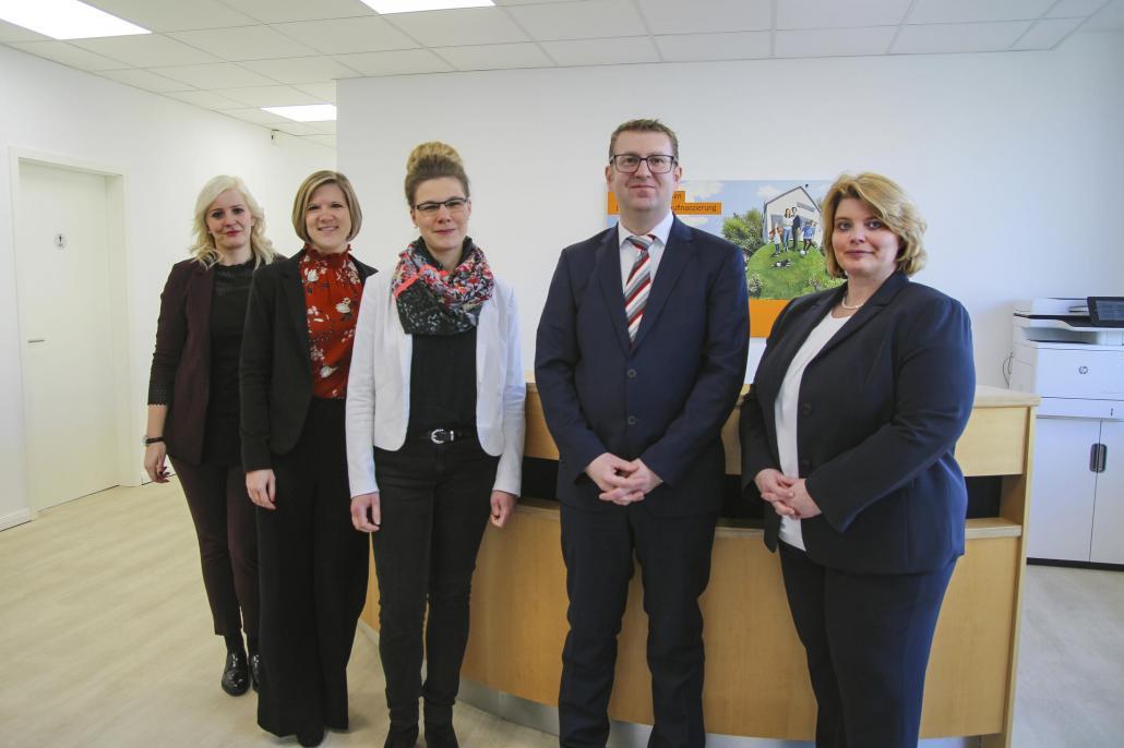 Das Team der Interhyp Kiel (v.l.n.r.): Laura Vodermayer, Svenja Lunkwitz, Corinna Schadach, Daniel Sonntag, Christine Bülck