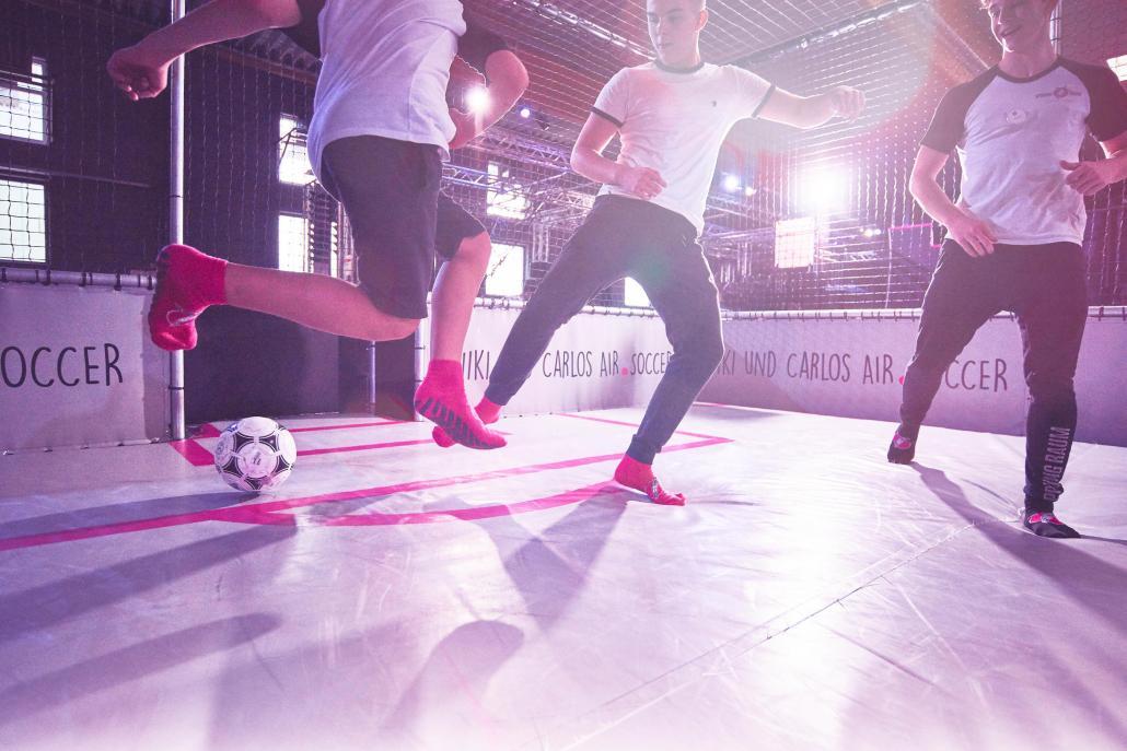 Sportarten wie Air-Soccer können in dem Erlebnispark ebenfalls geübt werden