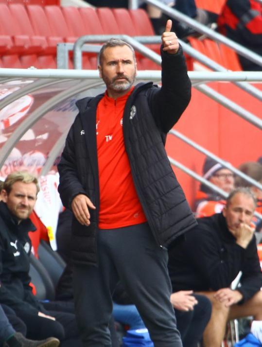 Tim Walter zeigte sich zufrieden mit der Mannschaftsleistung gegen den FC St. Pauli