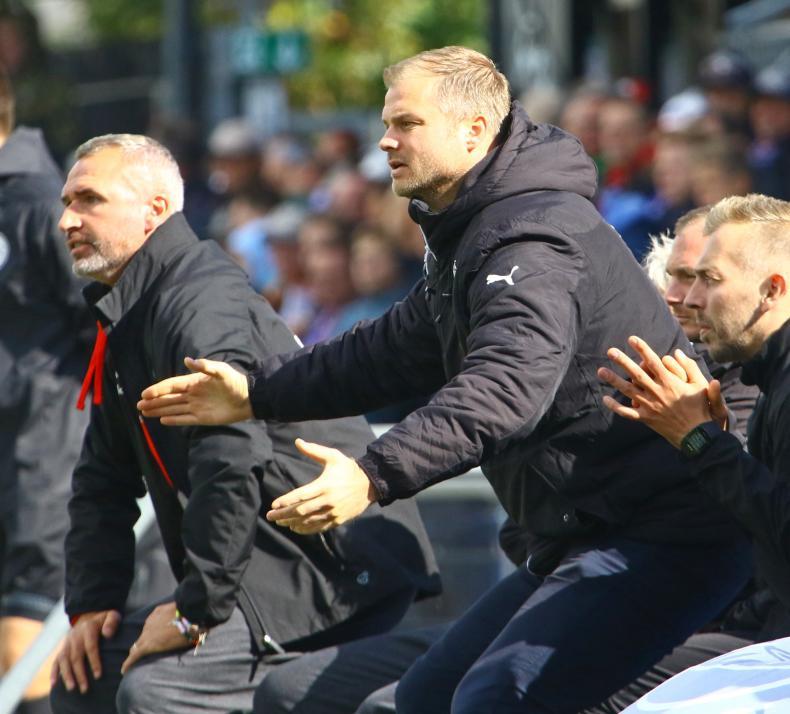Früher aktiver Fußballer:Heute fiebert Sportdirektor