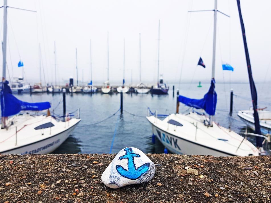 Dieser maritime Stein in Traumkulisse verschönerte Kielerin  Julia die morgendliche Joggingroute