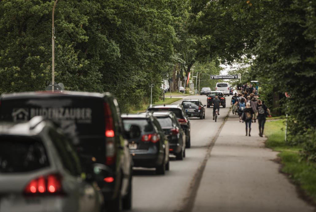 Schleswig-Holstein - Wacken Open Air vorübergehend geräumt: Unwetter unterbricht Festival